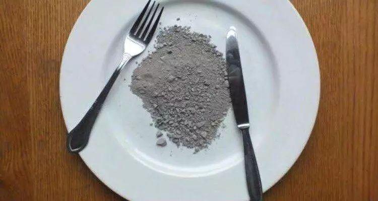 没钱的时候,世界各国人民都会吃什么填饱肚子?