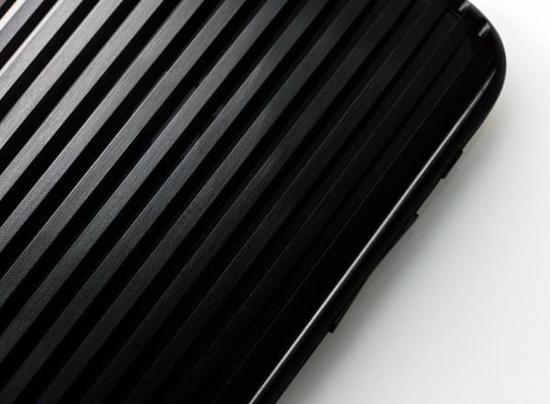[图]1700美刀的iPhone 7保护壳 手机才是配件?
