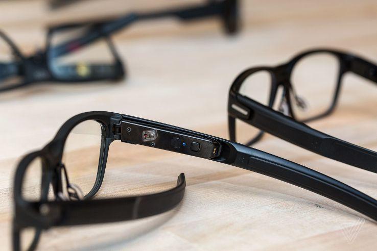 英特尔推智能眼镜Vaunt:外观与普通眼