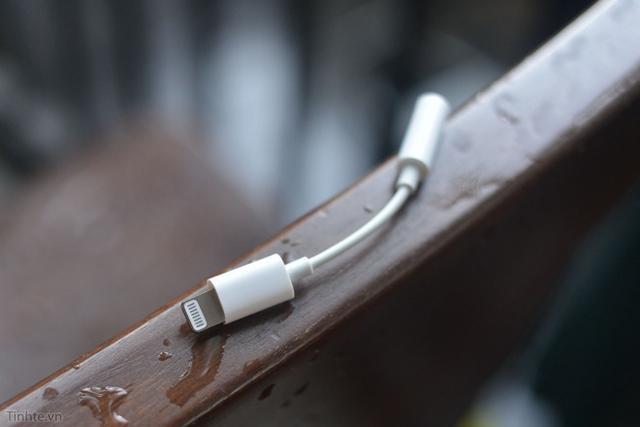 Lightning-3.5mm耳机孔转接头