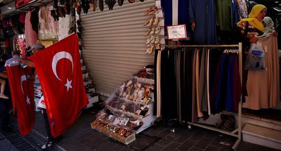 美财长:如果土耳其不释放美牧师 将实施新制裁