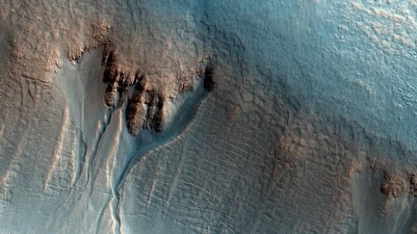 火星上最新发现的冰湖或能为未来的殖民者提供水源的照片 - 1