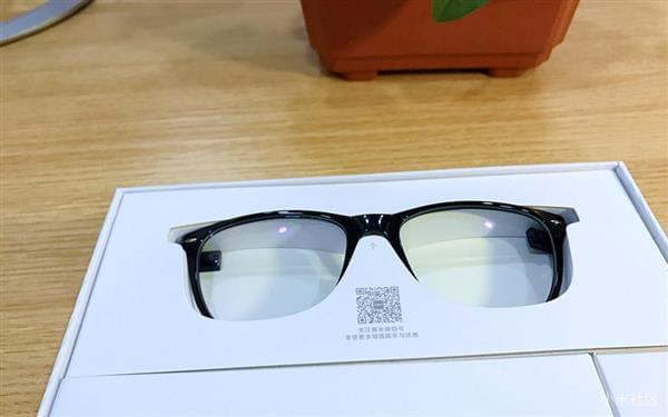 小米生态链新品防蓝光眼镜亮相:仅21克的照片 - 6