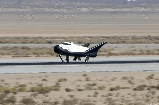 太空旅行将成现实?美自动驾驶航天飞机完成首次试飞