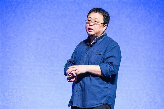 罗永浩否认不做手机:搞不定傻X是我们无能