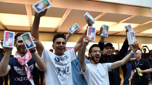 市值过亿美元,分析师:为何苹果股价还能涨不少