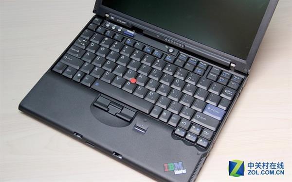 是否愿为情怀买单?聊粉丝自制ThinkPad X62的照片 - 11