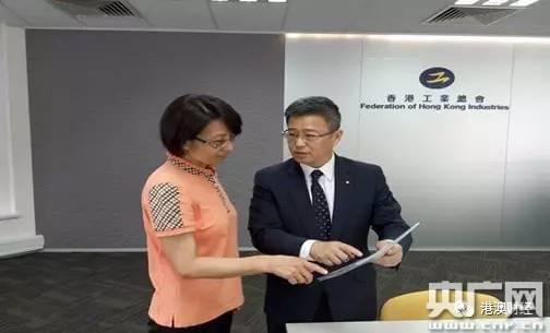 郑文聪接受央广记者采访