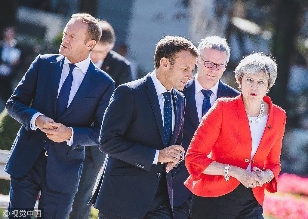 """欧盟首脑开会针锋相对 马克龙斥""""骗子""""骗英国脱欧"""