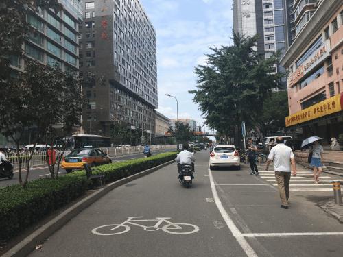 共享单车在中关村:谁是最讨厌它们的人?
