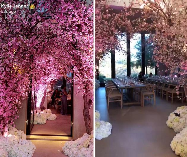 卡戴珊为宝宝举办送礼会 粉色樱花装点出梦幻世界