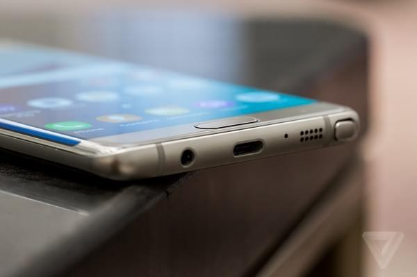 三星电子建议韩国用户停止使用Note 7手机的照片