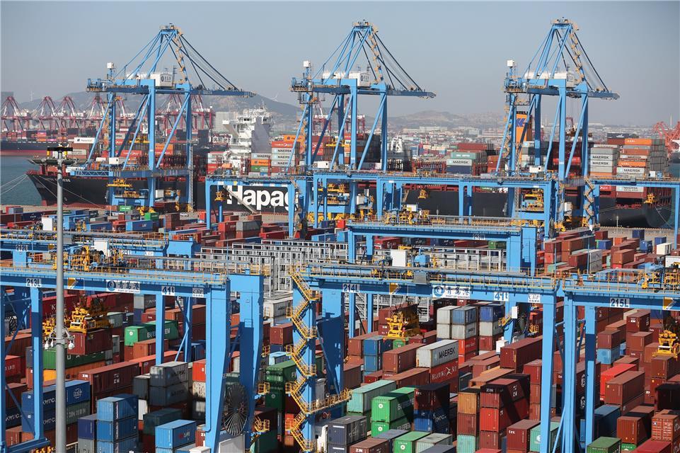 经济日报:国庆节青岛港又创全球新纪录