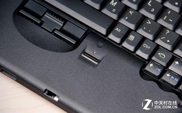 是否愿为情怀买单?聊粉丝自制ThinkPad X62的照片 - 15