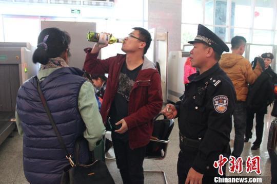外媒:中国成新葡萄酒帝国 国内国外市场两手抓_《参考消息》官方网站