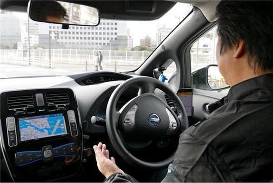 自动驾驶汽车交通事故责任怎样划分:日本这样做