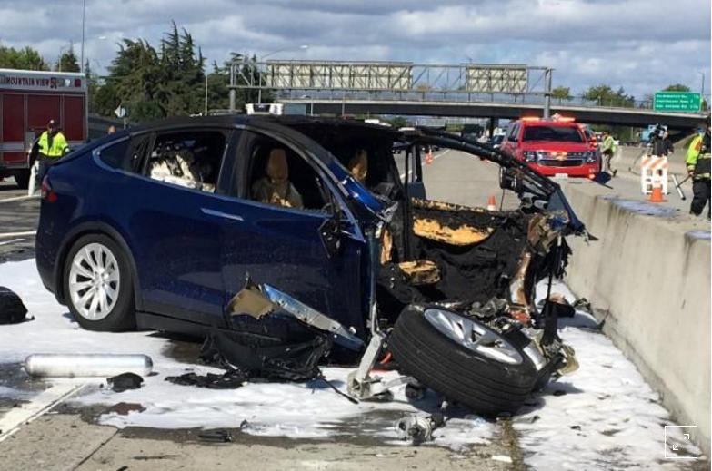华裔工程师撞车身亡 美政府不再让特斯拉参与调查