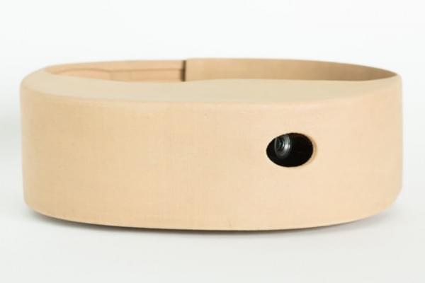 英特尔在巴黎时装周发布可用于测量压力的智能眼镜和皮带的照片 - 6