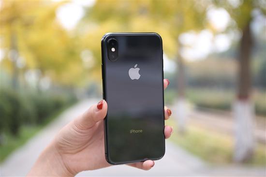 新iPhone/iPad曝光!苹果弃闪电接口用它