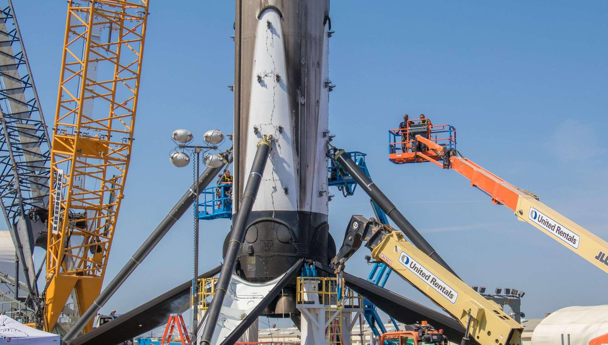 SpaceX:终极版 9号火箭拟于 10月初第二次发射