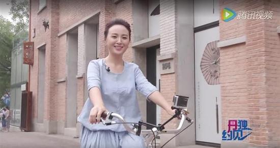 佳能C100II拍摄电视栏目《丹独约见》