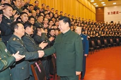 习近平春节前夕视察驻张家口部队