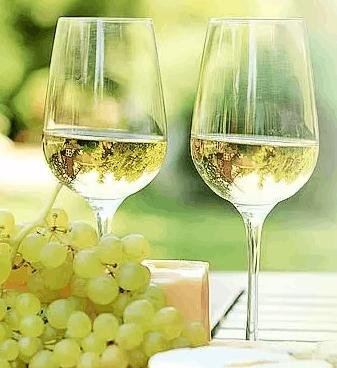 为什么都说夏天要喝白葡萄酒
