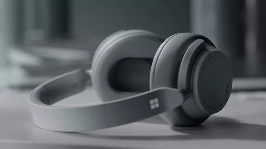 微软发布Surface Pro6和二代Laptop 售899美元起