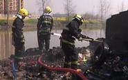 泰兴消防偶然发现火情 主动出警灭火