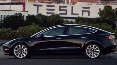 首辆Model 3已下线 车主为特斯拉CEO马斯克