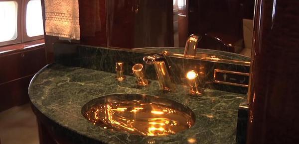 揭秘普京特朗普的私人专机:连浴室都镀着金