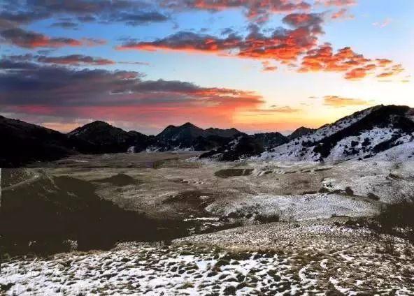 白雪皑皑 冰晶雾凇 这里瞬间美成了天堂