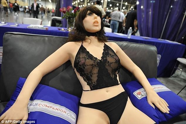 英国性爱机器人大会在即 美女机器人将取代人?