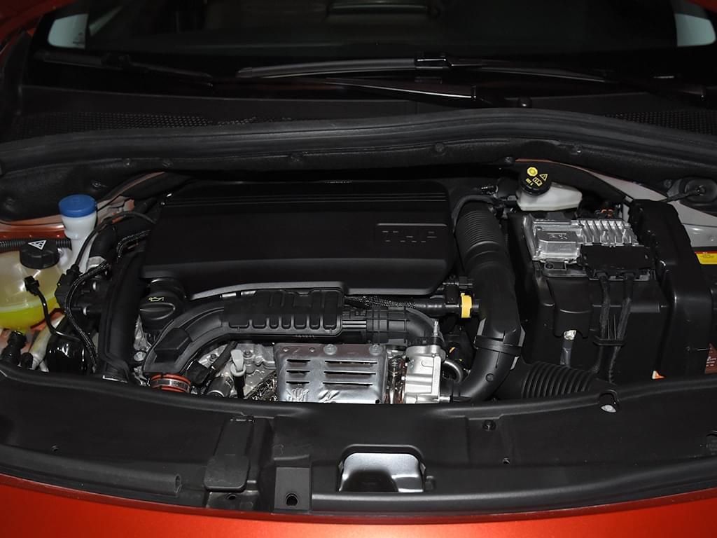 终于换装6AT了 新款东风标致2008配置曝光