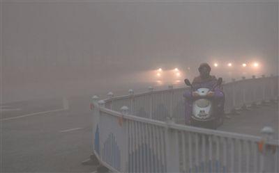 荆州启动重污染天气Ⅳ级(蓝色)预警