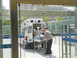 """泰州三大医院""""高温病""""门急诊量攀升 老年病患增多"""