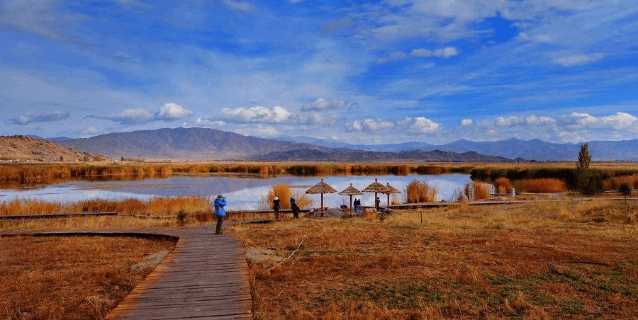 国家5A级景区新疆可可托海免费向中考、高考生开放2个