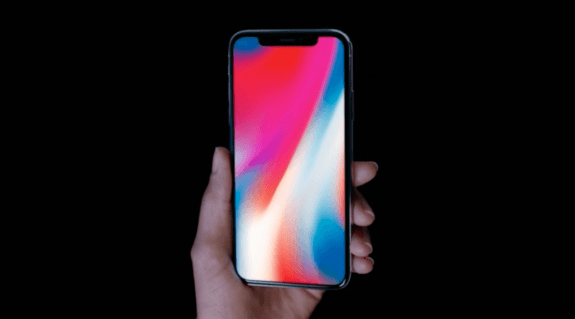 iPhone X搭载了人工智能芯片 能够快速识别人脸