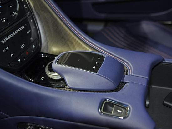 我有一颗奔驰的心 DB11 V8国内正式亮相
