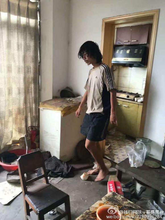 患抑郁症直至流落街头的中国前网球手董财康
