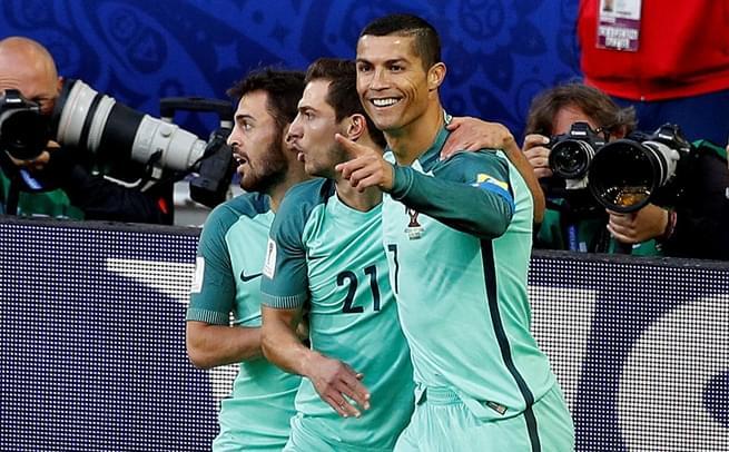 C罗头球创历史 葡萄牙1-0俄罗斯
