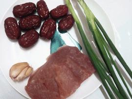 瘦肉红枣这样蒸 餐桌马上有气氛