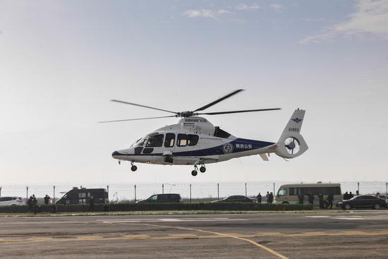 系统使h155直升机的飞行体验近乎固定翼喷气飞机的