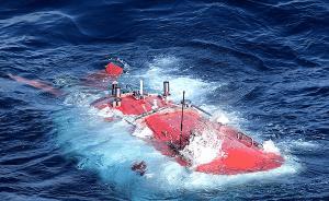 """蛟龙号今找回一年前""""丢""""在六千米深海的采水器"""