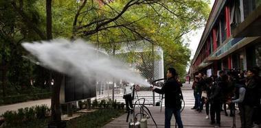 十九大中外媒体记者赴香河参观采访