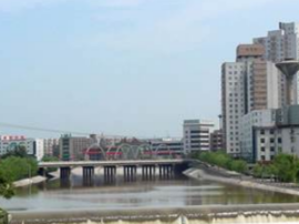 峰峰:五大建设 三大攻坚提升城市魅力
