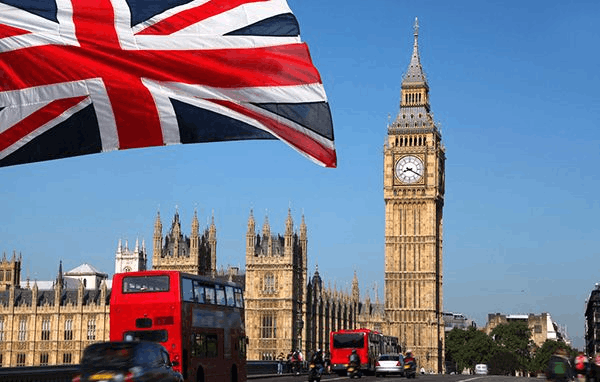 """""""面向未来""""的教育 伦敦富有家庭为普通话狂热"""