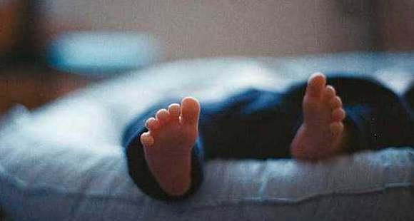 生父绑架两个月大的重病婴儿是为何?