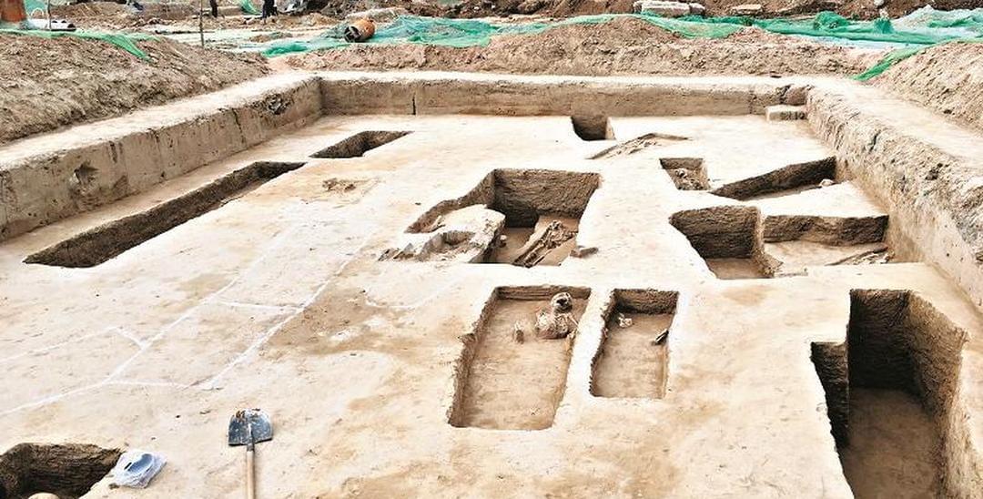 太原师范学院旧址发现古墓群引关注