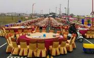 男子封路摆酒席 宴请600桌